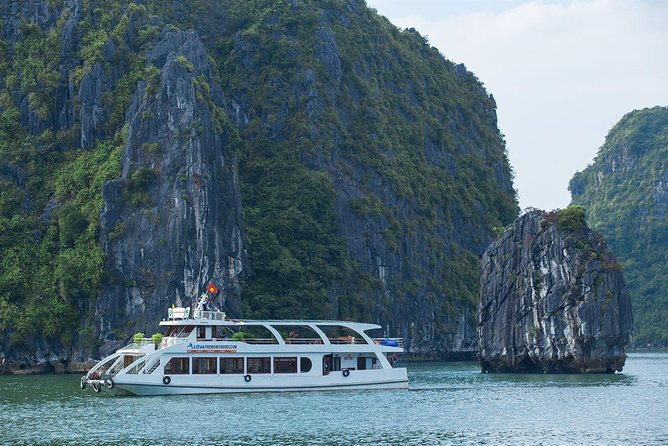 Ha Long Premium Cruise- Full Day with Expressway-Lunch-Explore Cave-Titop Island photo 12