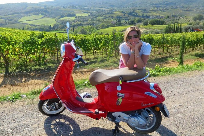 From San Gimignano: Half Day Vespa tour of Chianti with Lunch