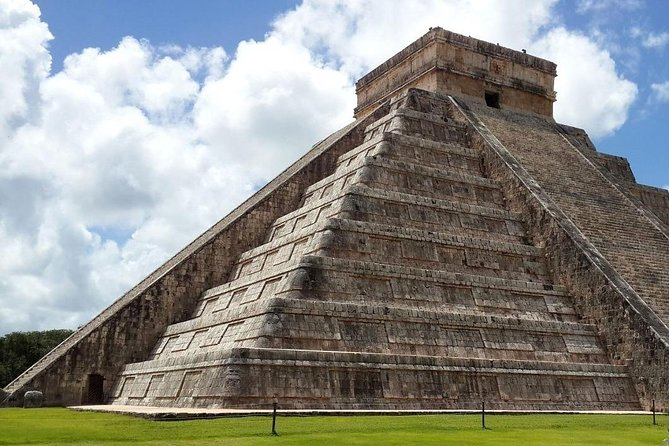 Tour Chichen Itza Classic from Cancun