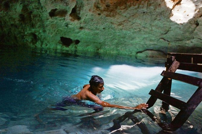 ONE DAY OF 5 PLACES: Kaan Luum Lagoon, 2 Cenotes, Tulum and Playa del Carmen photo 3