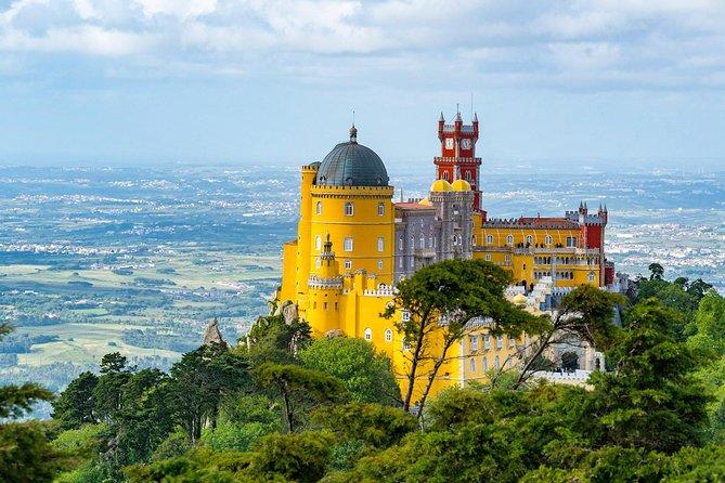 Sintra & Cascais Small Group Tour from Lisbon