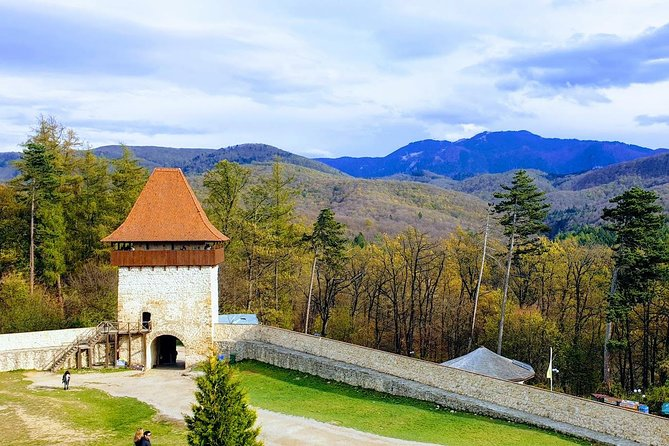 Transylvania Tour of Dracula s Bran Castel and Rasnov Citedel photo 3