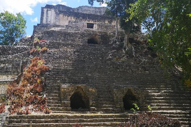 Ancient Dzibanche Mayan Ruins Guided Tour from Costa Maya
