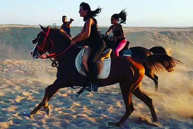 One hour Horse Riding At Amazing Desert - Hurghada photo 6