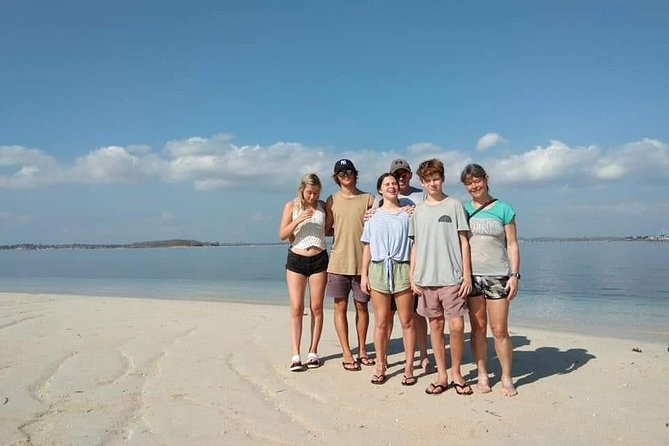 2D/1N (Hostel) Backpacker Lombok Tour Package