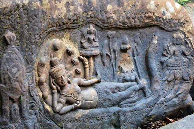 Kbal Spean Waterfall & Banteay Srei (Lady Temple)