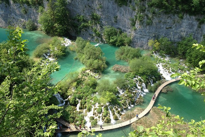 Private tour to Plitvice Lakes National Park, in Portuguese