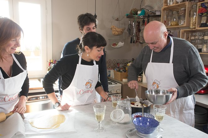 Private cooking class at a Cesarina's home with tasting at Lake Garda