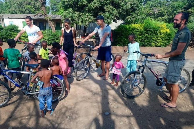 3 Hour Cultural Bicycle Tour in Livingstone