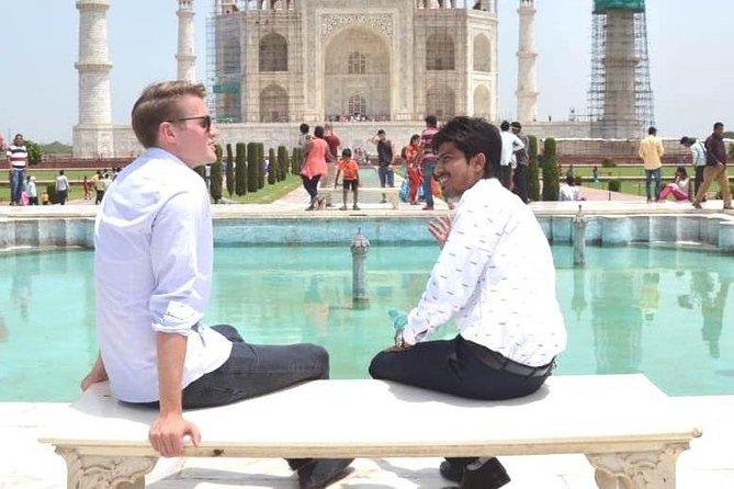 Local Tour Guide for Taj Mahal & Fort