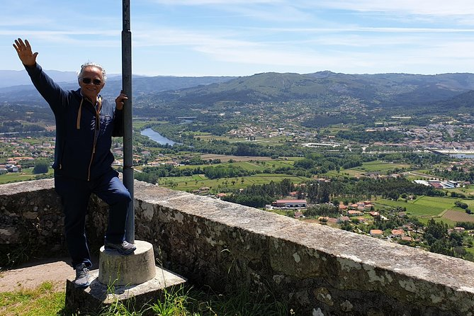 Ponte de Lima and Viana do Castelo Small Group Tour with Lunch and Wine Tastings