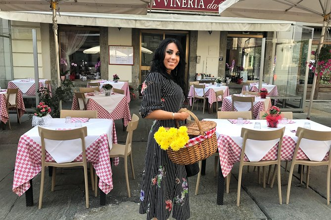 Breakfast and Shopping Tour Turin