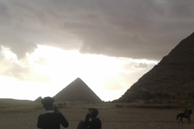 Half-day-Tour-to-Giza-Pyramids-&-Sphinx