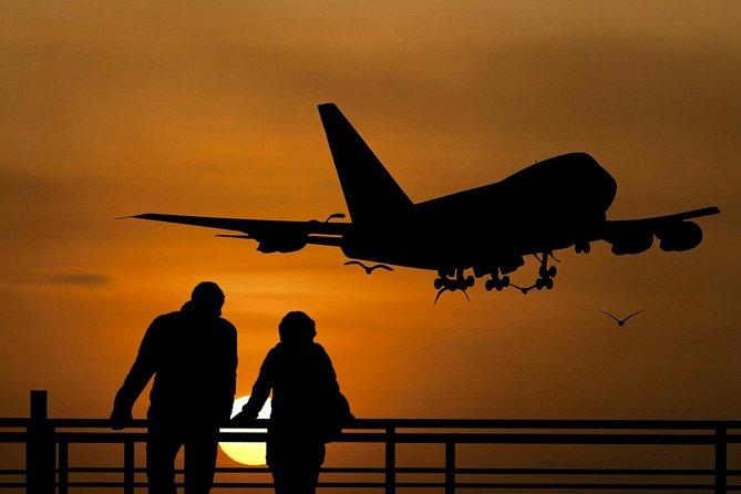 Luxury Private Dublin Arrival Transfer to Belfast City