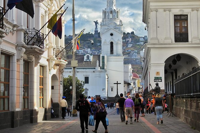 Private and Personalized City Tour of Quito Teleferico and Middle of the World