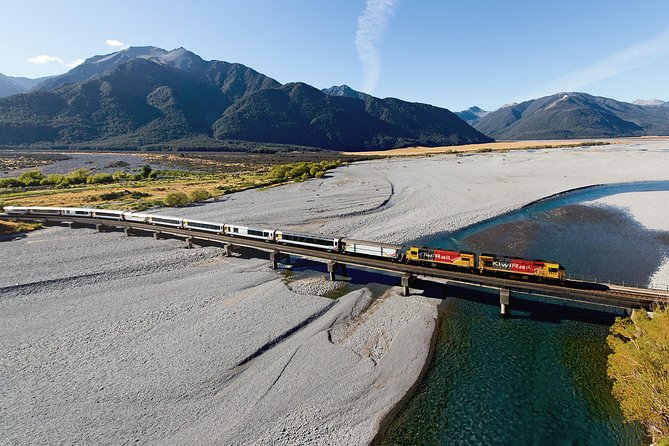 2 Day West Coast Glaciers and TranzAlpine Train: Queenstown to Christchurch