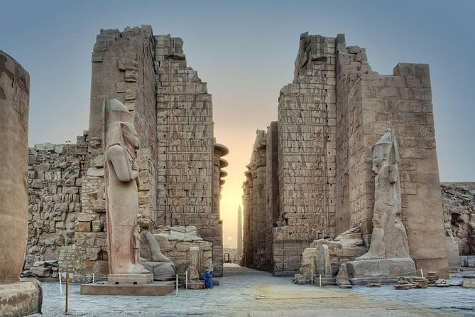 Cairo : Luxor Full Day Guided Tour & Overnight SLEEPER Train Rounded trip