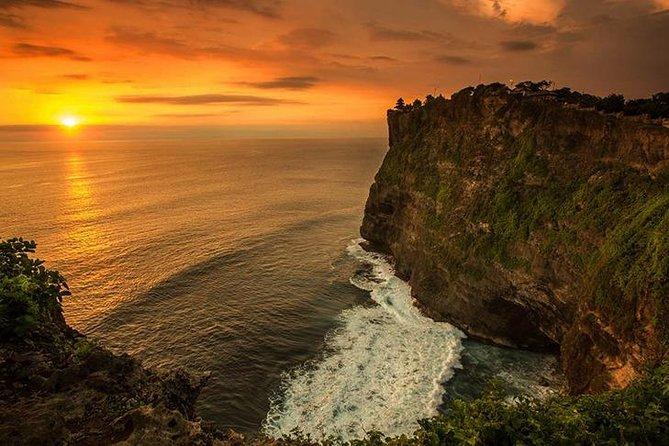 Tanah Lot, Canggu, Melasti Beach & Uluwatu Cliff View Temple Tour