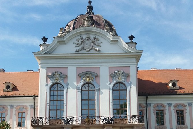 Half-day tour to the Royal Palace in Gödöllő
