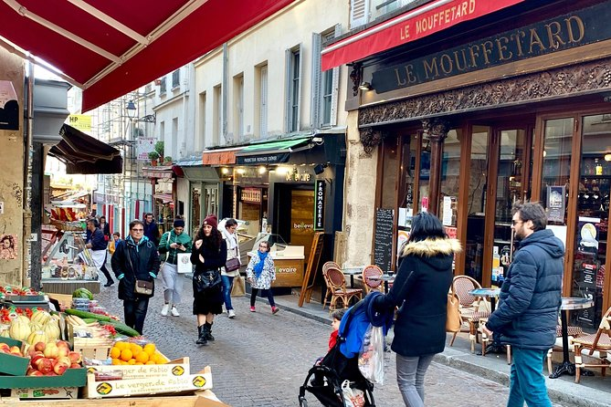 Walk & Wine Tour in the Latin Quarter