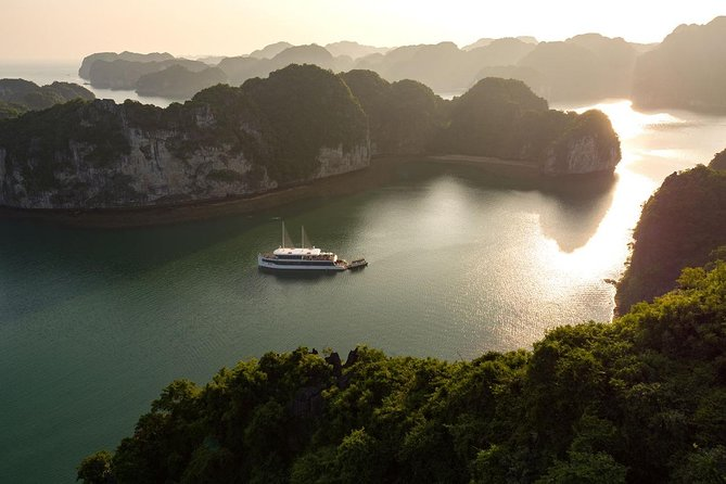 Halong bay Luxury one day tour from Tuan Chau island photo 7