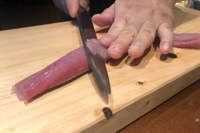 Tsukiji Tour with Sushi making workshop