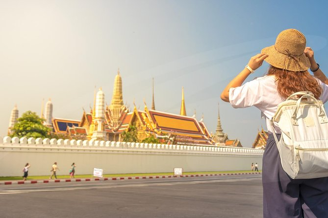 Explore the Grand Palace, the Emerald Buddha and Wat Pho Complex - Private Tour