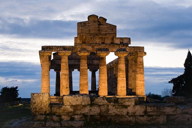 Paestum: Temples&Archaeological Museum with Your Local Archaeologist photo 4
