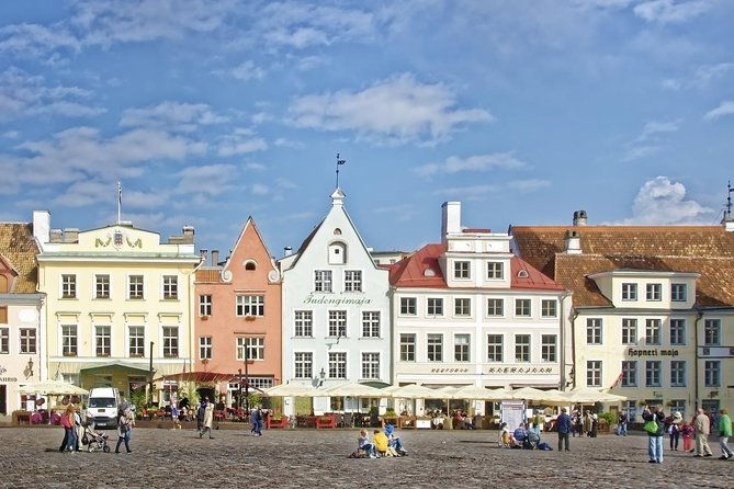 Tallinn Shore Excursions Private Tour Old Town and Kadriorg