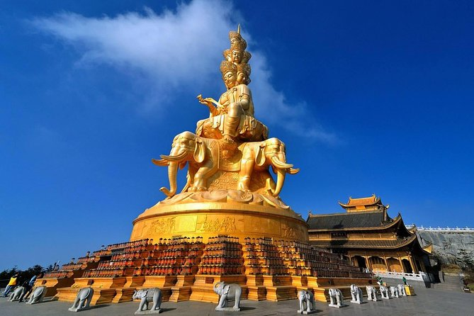Private Full Day Emei Shan Tour in Your Way