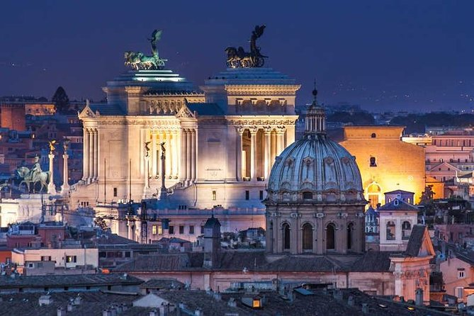 Private city tour by night in Rome with Driver-Guide including aperitivo