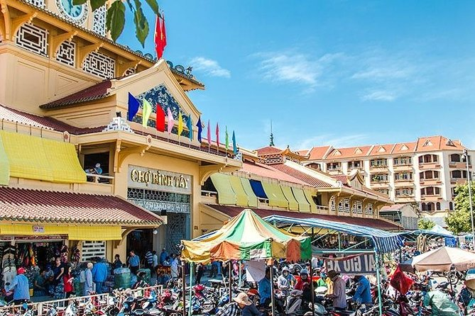 Thien Hau Pagoda – Binh Tay Market – Chinese Traditional Medicine Market