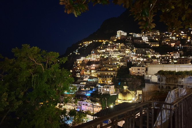 Private night transfer to or from Naples
