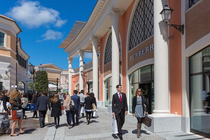 Castel Romano Designer Outlet in Rome with Private Transfer