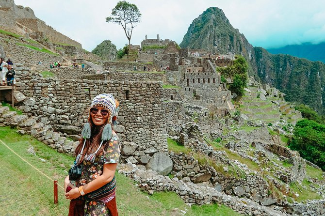 Machu Picchu 2-Day by Train: Chinchero-Maras, Moray-Salt Mines, Ollantaytambo