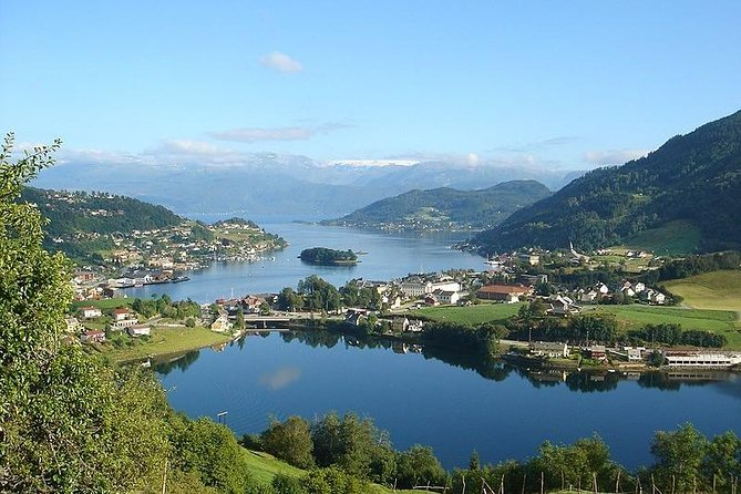 Private Luxury Day Tour - Hardangerfjord, Voss Gondol And 4 Great Waterfalls
