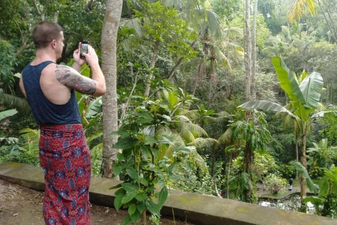 Bali Private Guided Tour : Best point of Ubud & Uluwatu Sunset - Free WiFi