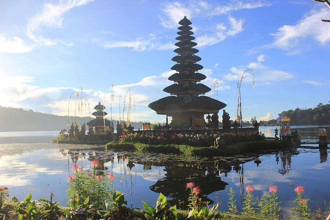 Bedugul & Tanah Lot Tour
