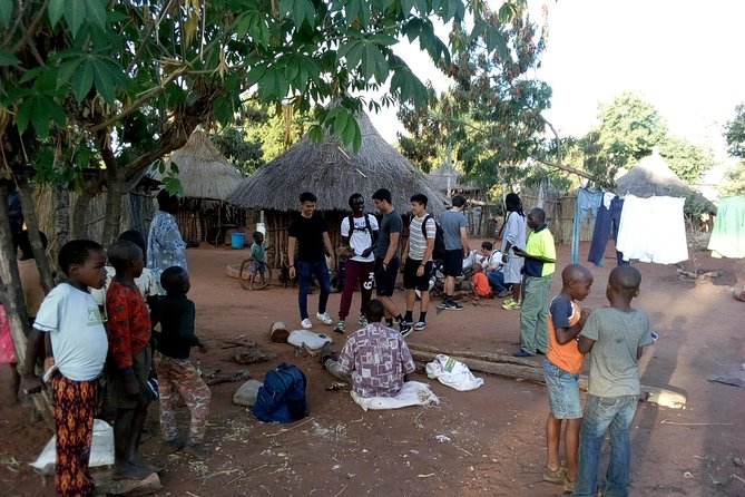 Mukuni Village Night Tours with Traditional Dinner