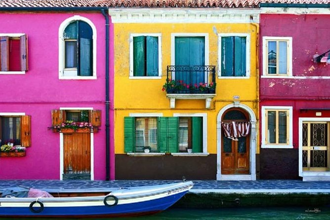 Tour from Punta Sabbioni - visit islands of Murano and Burano & Venice in 1 day!