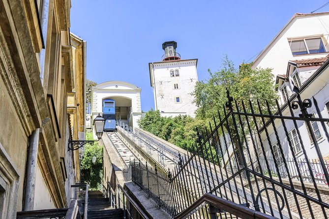Afternoon Zagreb Walking tour with funicular ride in English