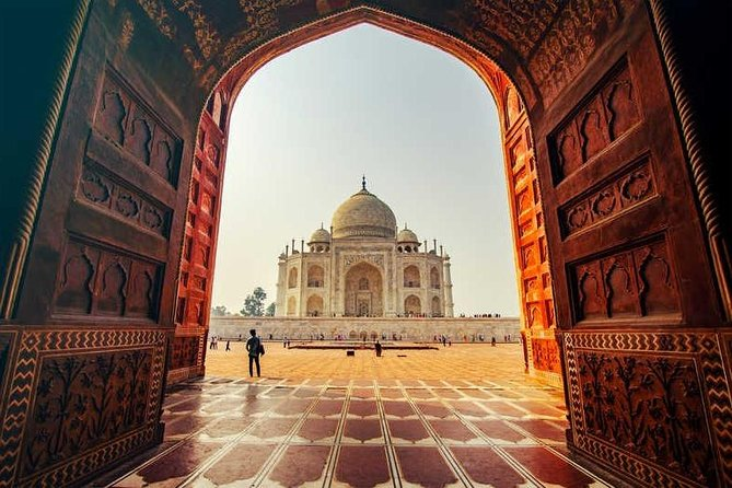 Private Day Tour of Taj Mahal with Old Agra Heritage Walk and Rickshaw Ride