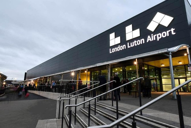 Private Hire Chauffeur Transfer from Winchester to Luton Airport