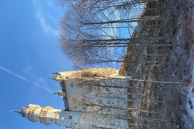 Sightseeing Tour Castle Neuschwanstein photo 1
