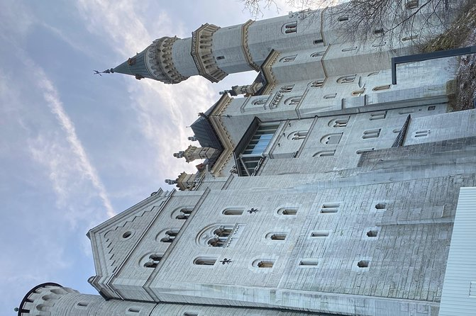 Sightseeing Tour Castle Neuschwanstein photo 4