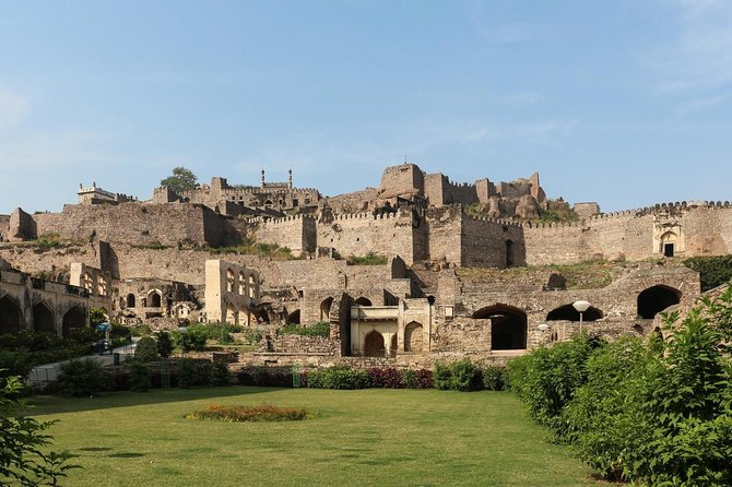 Full day tour of Hyderabad with Golconda Fort
