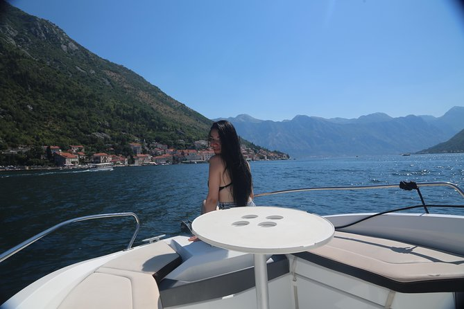 Private Self Customized Boat Tour Per Hour