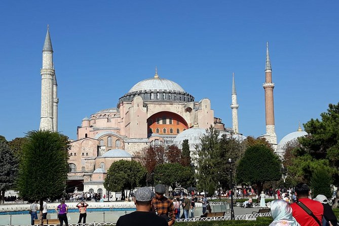 Classic Istanbul Tour including St.Sophia, Blue Mosque, Topkapi Palace,G.Bazaar photo 6