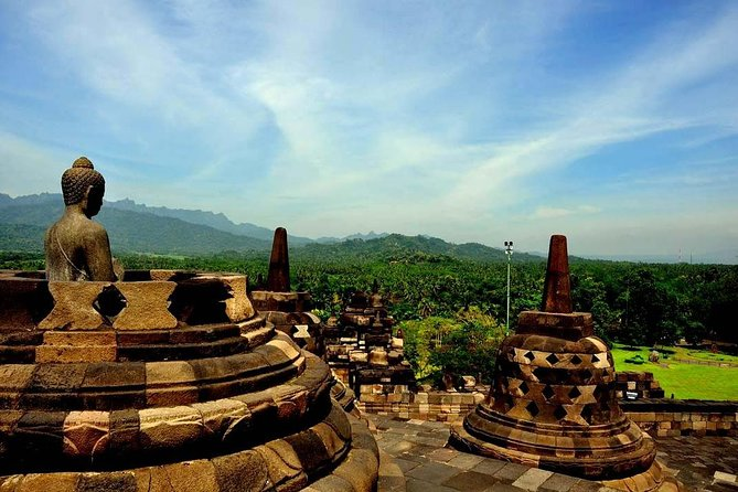 1-Day Jogjakarta Borobudur Prambanan Tour - PRIVATE TOUR with GUIDE