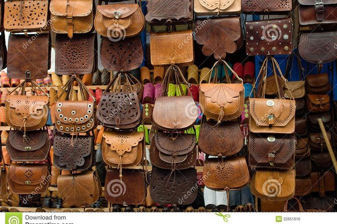 Shopping Tour With Private Guide and private transfer - Hurghada